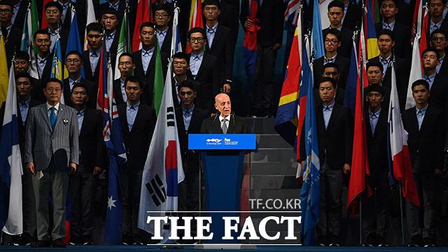 국제수영연맹(FINA) 회장의 인사말