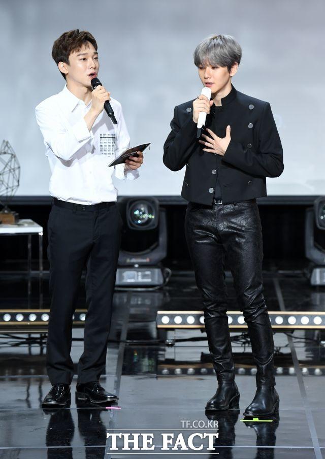 첸(왼쪽)과 백현은 솔로 가수로서 활동을 펼쳤다. /임세준 기자