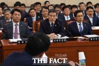 [TF현장] 국회 법사위 정경두 해임안 놓고 설전…