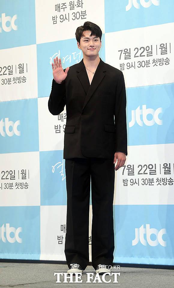 배우 신승호