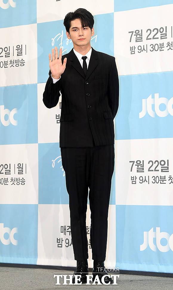 워너원에서 드라마 주인공으로 돌아온 옹성우
