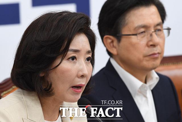 박순자 의원은 나경원 원내대표를 향해 가십적인 리더십이라고 맹비난했다. /남윤호 기자