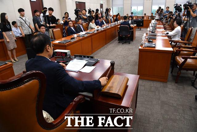 민주당에선 김상희 의원만 참석...