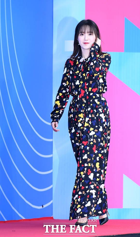 배우 구혜선이 1일 오후 서울 송파구 올림픽공원 체조경기장에서 열린 2019 M2 X Genie Music awards 포토월에 참석하고 있다. /임세준 기자