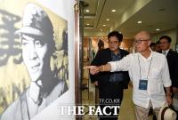 [TF포토] 국회에 전시된 독립운동가 웹툰