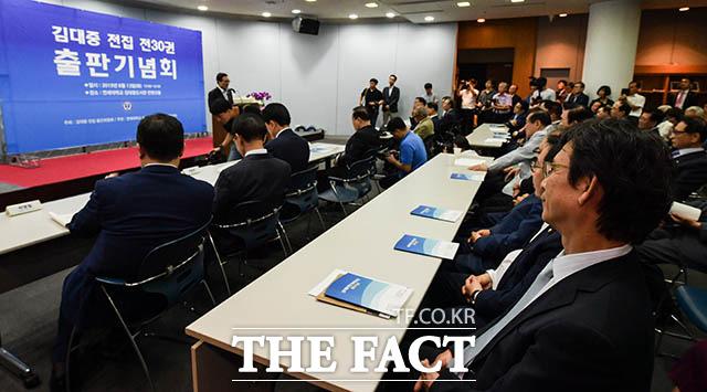 고 김대중 대통령의 3남 김홍걸 민족화해협력범국민협의회 대표 상임의장