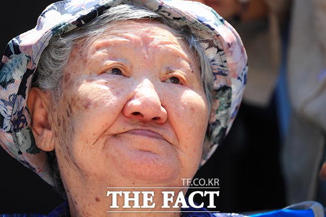수요집회에 참석한 길원옥 할머니