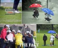[TF사진관] '비 오는 골프장 풍경'