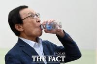 [TF포토] '조국 압수수색' 검찰 비판하는 이해찬 대표