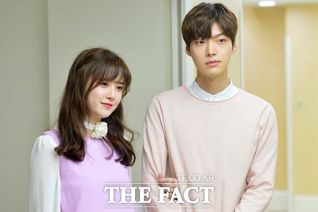 배우 구혜선(왼쪽)과 안재현이 끝없는 폭로전을 이어가고 있다. /더팩트 DB