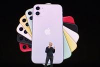 [TF비즈토크] 혁신 없는 '아이폰11', 갤럭시 저격 '자살골'