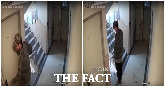 귀가 중인 여성을 따라가 집에 침입하려 한 조모(30) 씨에게 검찰이 징역 5년을 구형했다. 사진은 지난 5월 조씨의 범행이 담긴 CCTV 영상 중 일부. /유투브 캡처