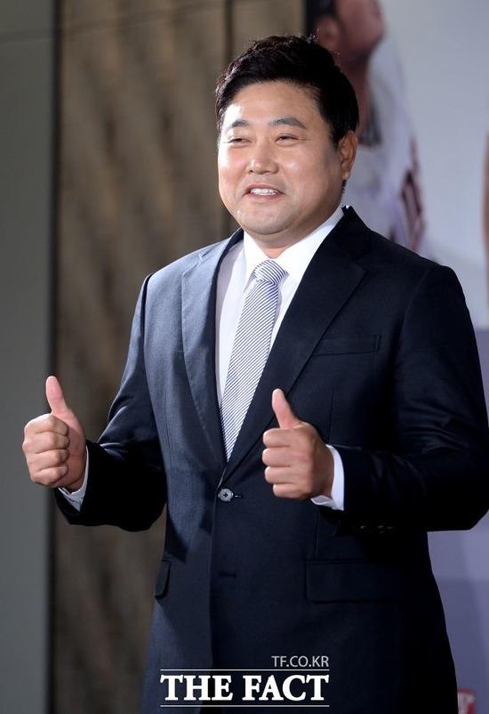 양준혁이 성 추문에 휩싸이자 법적 대응을 예고했다. /더팩트 DB