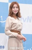 [TF포토] 윤세아, '가을 여신'으로 우아한 변신