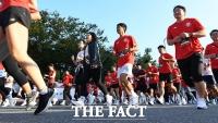 [TF포토] 런온 서울, '도심을 질주하는 짜릿한 마라톤 레이스!'