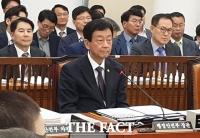 진영, '조국 압수수색 통화는 외압' 질문에
