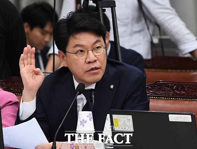 질의하는 장제원 자유한국당 의원