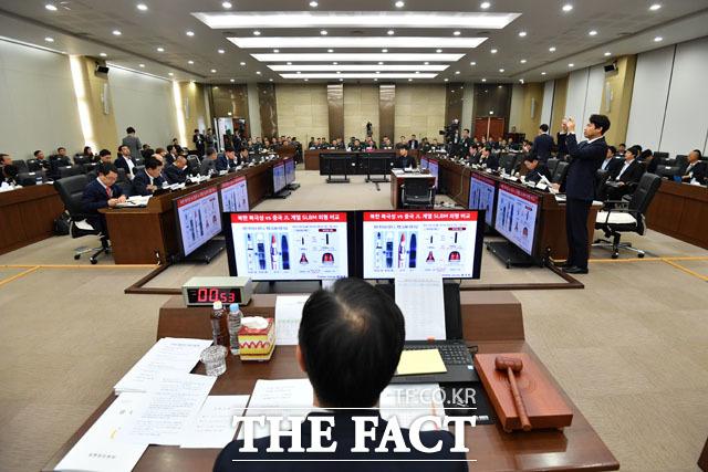 북한과 중국의 SLBM 관련 질의하는 정종섭 의원