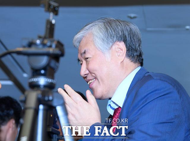 문재인하야범국민투쟁본부 총괄 대표를 맡고 있는 전광훈 목사가 9일 서울 광화문 일대에서 열린 대규모 집회에 1000만 명이 참석했다고 주장했다. /더팩트 DB