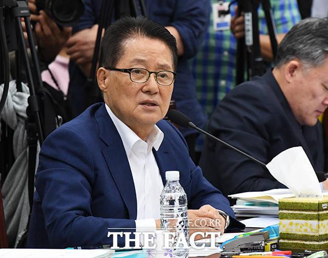 박지원 대안정치연대 의원은 11일 페이스북을 통해