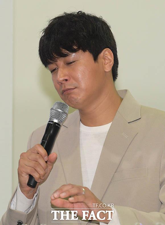 열애 중 눈에 띄는 김승현의 반지