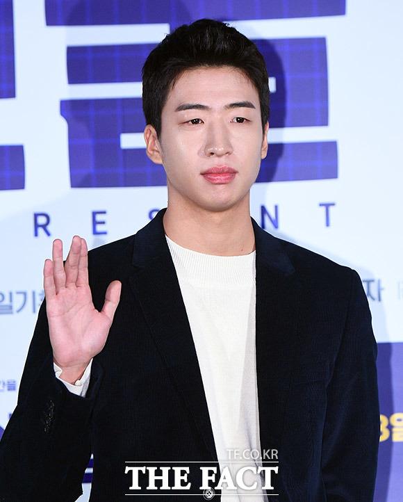 배우 유수빈