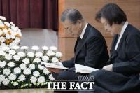 [TF초점] 김정은, 文대통령 조의문 뒤 '발사체' 발사 의도는?