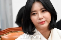 [강일홍의 연예가클로즈업] '소환 불응' 윤지오, '제2 유승준' 될라
