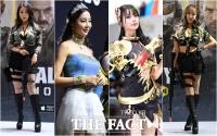 [TF포토] 'G-STAR의 꽃'…아름다운 부스걸들의 향연