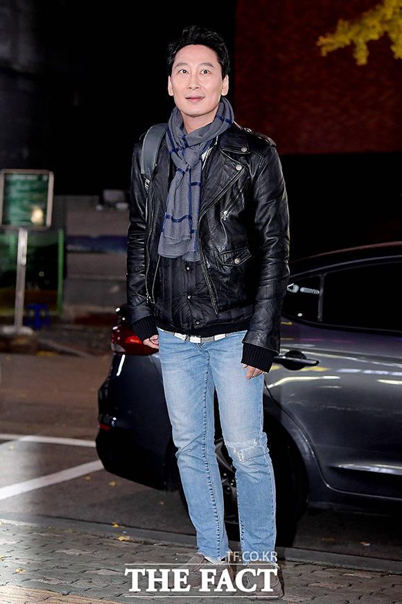 배우 김동현