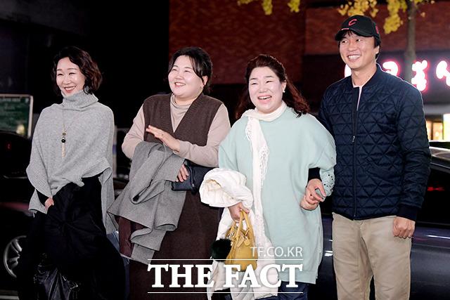 배우 백현주, 이선희, 김미화, 전배수(왼쪽부터)