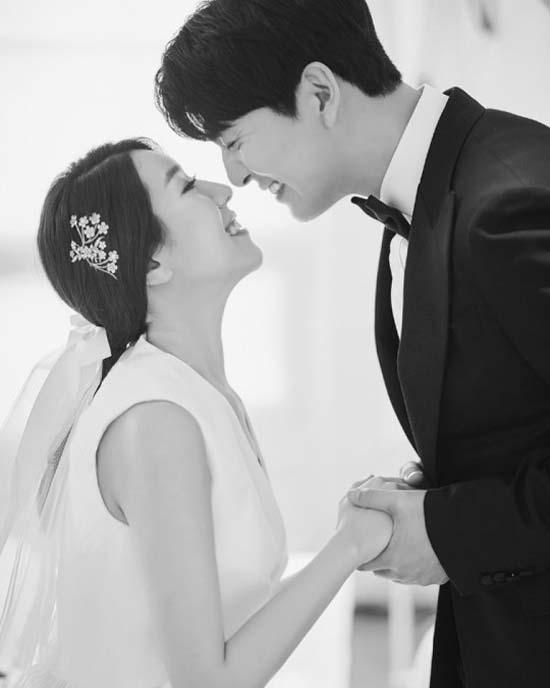 지난해 연애의 맛 시즌1을 통해 만난 이필모와 서수연은 지난 2월 결혼했다. /서수연 SNS
