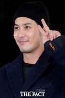 [TF포토] 김지석, 야심차게 준비한 소매 속…'까불지 마!'