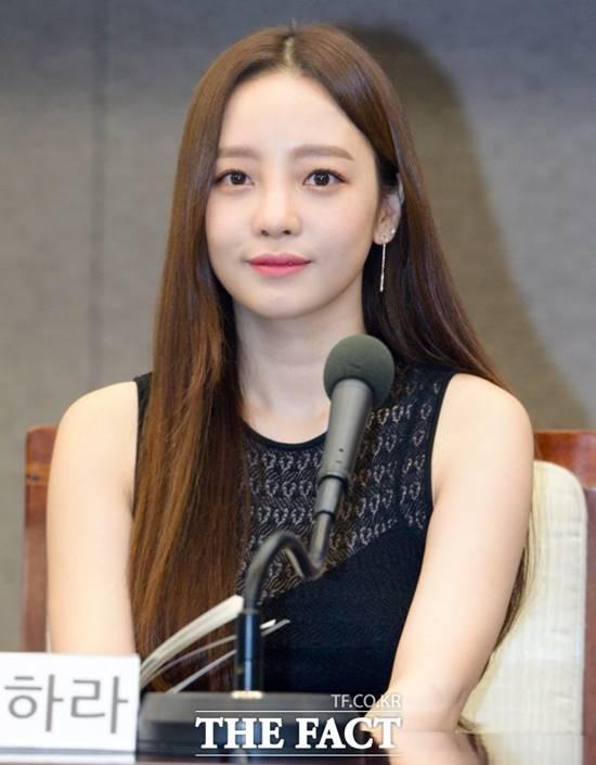 가수 구하라가 24일 오후 자택에서 숨진 채 발견됐다. /더팩트DB
