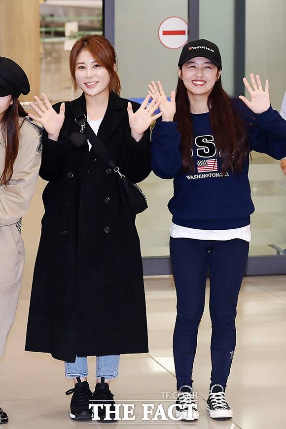 김소유(왼쪽), 정다경