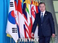 [TF초점] 文대통령, 나흘간 '아세안 외교전'…'新남방' 지평 확대