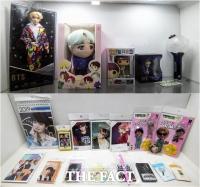 [TF포토] '방탄소년단 굿즈 구매할 땐 꼭 확인하세요!'