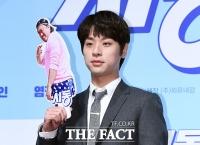 [TF포토] 박정민, '마동석 형님과 함께~'