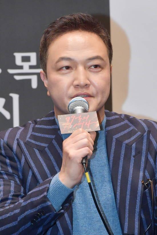 배우 정웅인이 KBS2 99억의 여자에서 아내에게 폭력을 가하는 남편 역을 맡았다. /KBS 제공
