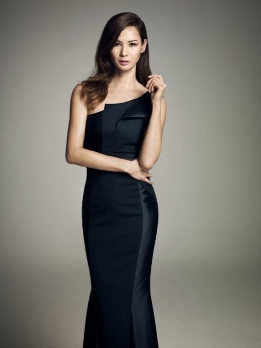 모델 이소라가 한예슬 후임으로 MBC 언니네 쌀롱 MC가 됐다. /온스타일 제공