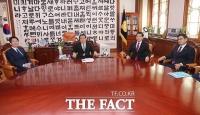 [TF포토] 침묵만 흐르는 교섭단체 원내대표 회동