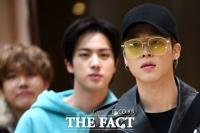 [TF포토] 일본 팬미팅 마치고 온 BTS