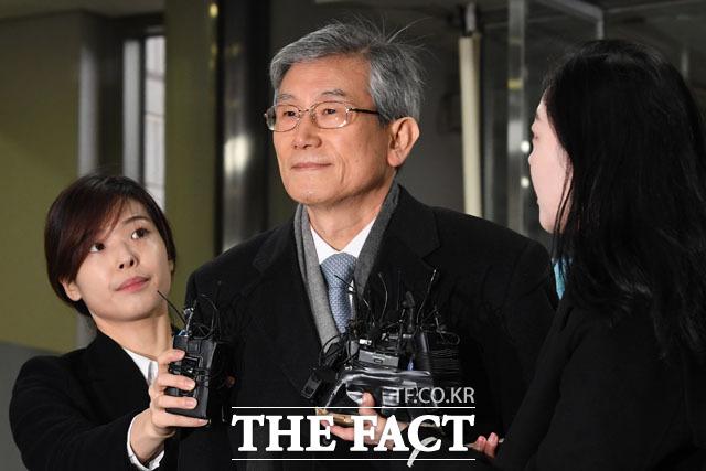 고영한 전 대법관. 그는 2016년 법원행정처장 시절 윤인태 부산고법원장에게 조현오 전 경찰청장 뇌물 혐의 재판을 지연시킬 것을 요청했다. /남윤호 기자