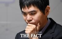 [TF포토] 고민하는 이세돌 9단