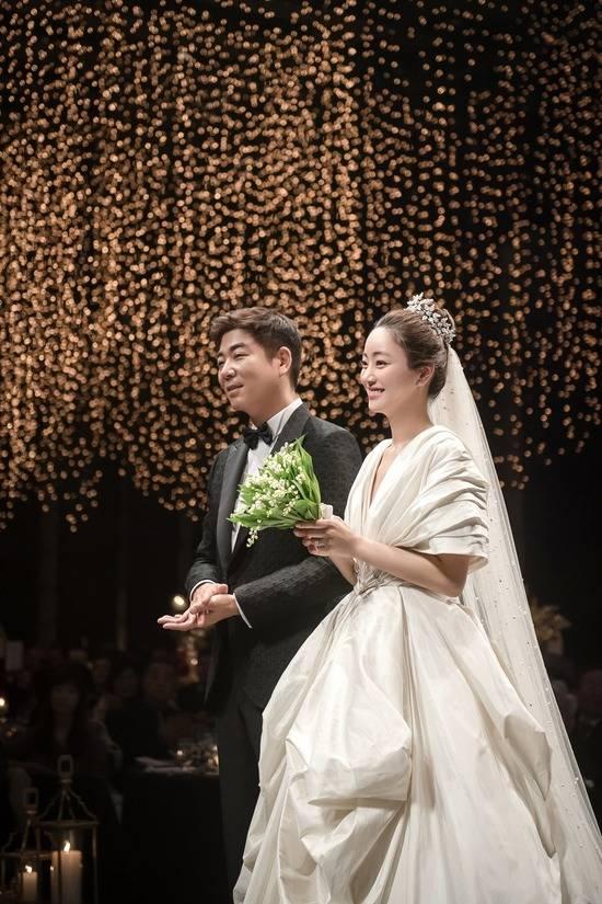 배우 서효림과 정명호 대표가 지난 22일 결혼했다. /마지끄 제공
