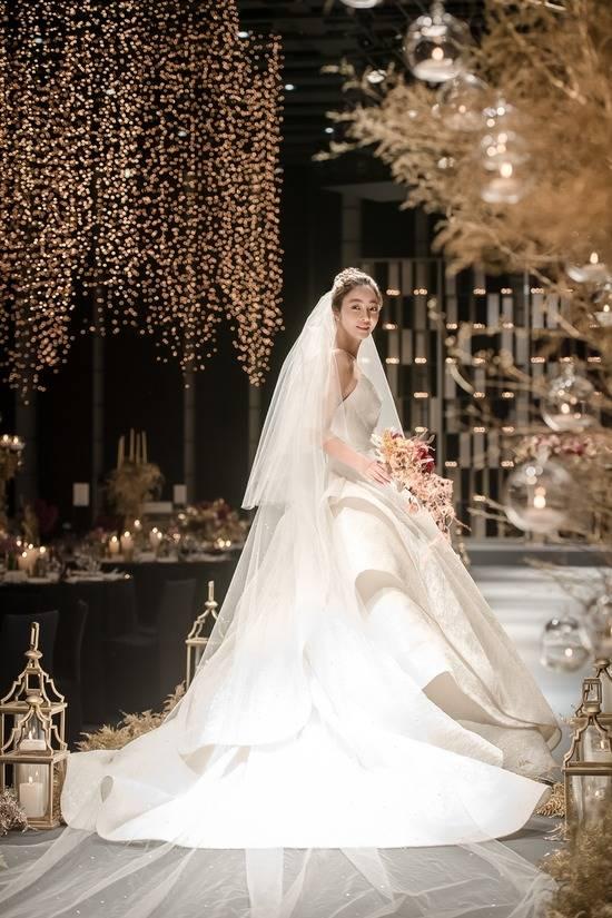 서효림 소속사는 그 어느 때보다 빛나고 아름다웠던 그녀. 12월의 신부가 된 서효림. 아름다운 가정을 이룬 두 사람을 진심으로 축복하며 축하한다고 전했다. /마지끄 제공