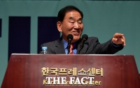 [TF포토] 미소 짓는 이재오 국민통합연대 창립준비위원장