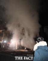 [TF포토] 서울 방학동 화재, '하늘 뒤덮은 연기'
