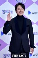 [TF포토] 윤상현, '완벽한 슈트핏'