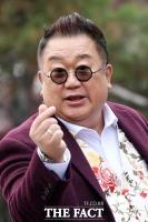 [강일홍의 스페셜인터뷰70-이용식] '익살꾼 뽀식이' 묘비명은 '앗, 더 웃길 수 있었는데'